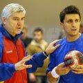 Aihan Omer (stînga) a participat cu România la Mondialul din 2009, unde a fost prezent şi Buricea // Foto: Mediafax