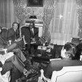 Kovacs (al treilea din stînga), în 1975, la Palatul Elysee, la o întîlnire cu preşedintele Franţei, Giscard d'Estaing //  Foto: Guliver/GettyImages