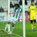 Hasan Kabze, căpitanul Konyei, a intrat cu mingea în poartă. Nimeni nu l-a împiedicat // Foto: Guliver/GettyImages