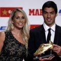 Luis Suarez, 28 de ani, alături de Sofia, iubita din tinerețe și actuala nevastă, cu care are 2 copii, Delfina și Benjamin