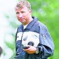 Petrescu e liber de contract de 5 luni, ultima echipă antrenată fiind Al-Arabi