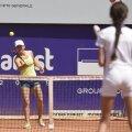 Simona Halep a jucat ieri, la Arenele BNR, tenis cu copii de toate vîrstele
