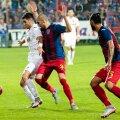 Cristian Lopez (stînga) nu a mai marcat aseară și a rămas cu 5 goluri în acest sezon