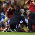 Morata e încurajat de coechipieri, în frunte cu căpitanul Casillas, după leziunea la genunchi