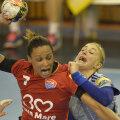Allison Pineau a înscris ieri 10 goluri, urcînd pe primul loc în Top 3 al golgeterilor din Ligă, cu 32 de reuşite // Foto: Alex Nicodim