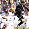 Rusescu (în negru) a fost cel mai bun jucător din Turcia în februarie