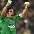 Și cu ajutorul intervențiilor lui Buffon, Juve s-a desprins la 6 puncte de Napoli