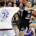 Patricia Vizitiu a avut un procentaj de 50 la sută la meciul cu Buducnost: 4 goluri, 8 aruncări // FOTO sportpictures.eu