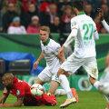 """Vidal (în roșu) la pământ după """"simularea anului"""", cum au scris ieri ziarele germane //  FOTO Guliver/GettyImages"""