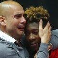 Guardiola, doborât de emoții, îl îmbrățișează pe Alaba