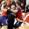 Handbaliștii de la Baia Mare și Vaslui într-un duel pe teren // FOTO sportpictures.eu