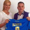 Gabriela Szucs a fost prezentată ieri, la Brăila, de directorul executiv al Dunării, Dragoș Chiriță // FOTO Dunărea Brăila