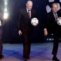 """Havelange (centru), împreună cu """"creația"""" sa, Sepp Blatter"""
