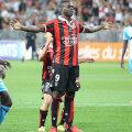 Balotelli sfidează provocările lui Gomis și marchează impecabil penaltyul de 1-0 cu OM