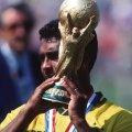 Romario cu trofeul CM 1994, foto: Gulliver/gettyimages.com