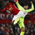 Pogba, numărul 6, mâna moartă a lui United în derby-ul cu Liverpool // Foto: Reuters