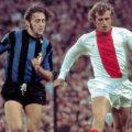 Piet Keizer (dreapta), căpitanul Ajaxului în finala CCE din 1972