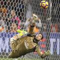 Rezervă la Milan la 15 ani și 11 luni, Donnarumma a apărat 4 penaltyuri în Serie A
