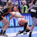 Amanda Kurtovici a fost principala marcatoare a Larvikului, aseară, cu 7 goluri // FOTO Marius Ionescu