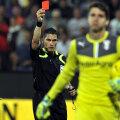 Istvan Kovacs a arătat două cartonaşe roşii în acest campionat