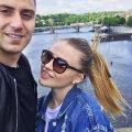 Nede și iubita lui se relaxează la Praga