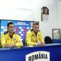 Mirel Rădoi și căpitanul Ionuț Radu (dreapta). Foto: Ionuț Coman / Ovidiu (Constanța)