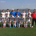 Dragoș Plopeanu (dreapta), alături de Michael Weiss, înaintea unui meci al naționalei Mongoliei