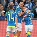 Insigne, în dreapta, alături de Dries Mertens și Marek Hamsik, într-un meci al lui Napoli // FOTO: Guliver/Getty Images