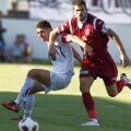 Curelea, într-un duel cu Ricardo Cadu la un meci Sportul - CFR 3-0 din 20 august 2010 //// FOTO: Arhivă GSP