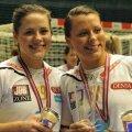 Thea (stânga) şi Nora Mørk (dreapta), pe vremea când jucau împreună la Larvik
