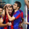 Bogdan Stancu, felicitat de Romeo Surdu, foto: Alex Nicodim/GSP