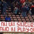 Fanii lui Dinamo au afișat și un banner la meciul cu Poli Iași // FOTO: Cristi Preda