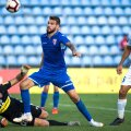 Martin Fraisl (în negru) a primit 6 goluri în cele 3 meciuri pentru Botoșani. Trei dintre ele sunt în meciul cu FCSB, pierdut 1-3 de echipa sa