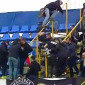 Fanii Petrolului s-au războit la Bacău cu forțele de ordine // Captură TV Telekom Sport