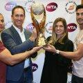Daniel Dobre, Darren Cahill, Simona Halep și fostul fizioterapeut al numărului 8 mondial, Andrei Cristofor, foto Guliver/gettyimages