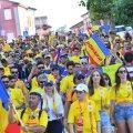 Fanii români au umplut străzile din Cesena înaintea meciului cu Franța Foto: Raed Krishan
