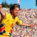 Imagine-simbol cu explozia de bucurie a lui Răducioiu după unul dintre golurile din meciul cu Columbia