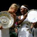 2004. Maria Șarapova și Serena Williams la prima finală pierdută de americancă la WimbledonFOTO Gulvier/GettyImages