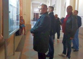 LIVETEXT DE LA CURTEA DE APEL Un nou termen în cazul dezafilierii Craiovei » Toate detaliile din sala de judecată