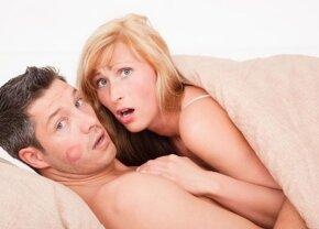 FOTO Și-a prins iubita în pat cu alt bărbat, așa că a făcut o ședință foto incendiară!