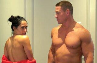 VIDEO Asta da recunoștiință! Un wrestler celebru și iubita lui s-au filmat nud pentru a le mulțumi fanilor