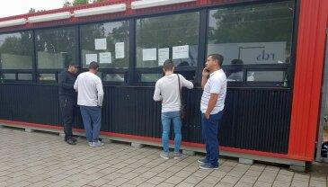 Asta nu mai făcuseră! Cum au încercat bișnițarii să-i păcălească pe fanii celor de la FCSB înaintea derby-ului cu Dinamo