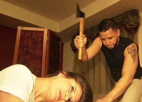 VIDEO & FOTO Un frizer din Rusia tunde cu... toporul!