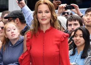 VIDEO & FOTO Oops! O actriţă celebră şi-a arătat posteriorul în faţa a zeci de oameni