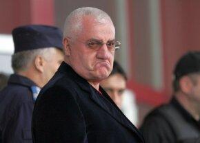 """Dumitru Dragomir, scos din minți de finalul de sezon din România: """"Când dai briciul maimuțelor să te bărbierească, rămâi cu cicatrice"""""""