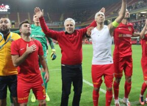 VIDEO A început nebunia și la turci! Șumudică a pupat arbitrul după victoria de aseară!