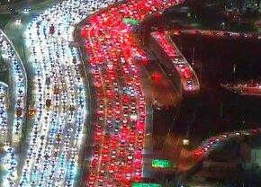 VIDEO Imagini apocaliptice din SUA » De ce românii n-ar mai trebui să se plângă niciodată de trafic
