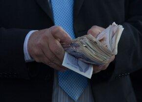 Dependența de pariuri l-a ruinat! A furat 14.000 de euro de la o bunică pentru a juca în continuare