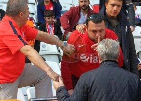 VIDEO + FOTO Șumudică, luat la țintă de fanii lui Antalyaspor!