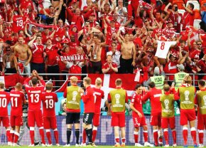 VIDEO Impresionant! Cum au sărbătorit 30.000 de danezi golul lui Poulsen cu Peru